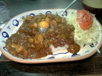 シーフードカレー+生卵<br />