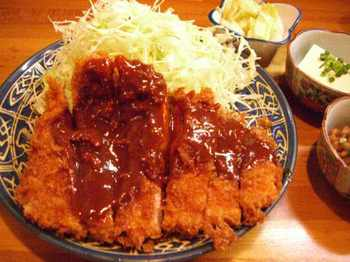 味噌ロースカツ定食
