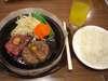ペッパーステーキ&ハンバーグ盛り(ライス付)